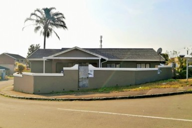 6 Bedroom House  For Sale in Buffelsdale | 1312843 | Property.CoZa