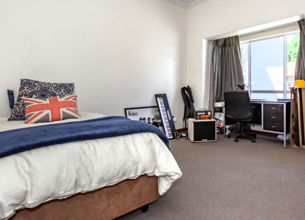 2 Bedroom   For Sale in Parkview   1313261    Photo Number 5