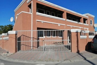 8 Bedroom House  For Sale in Philippi | 1313326 | Property.CoZa