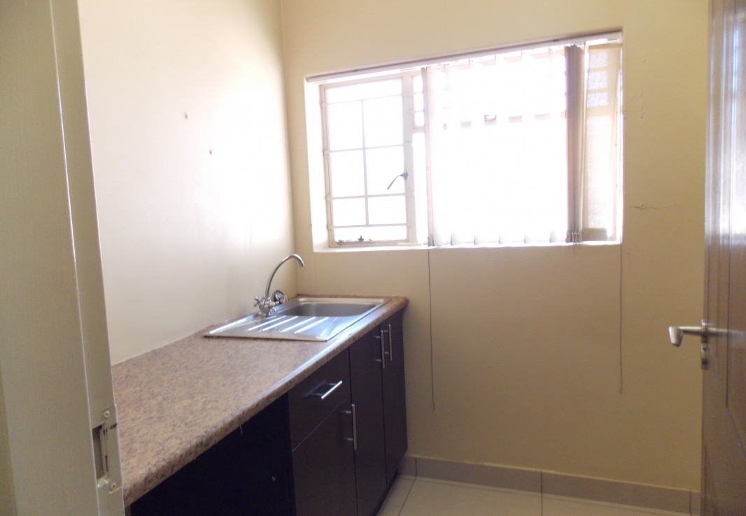 To Rent in Dunvegan   1313499    Photo Number 9