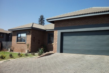 3 Bedroom House  For Sale in Roberts Estate | 1314040 | Property.CoZa