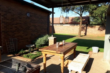 3 Bedroom Townhouse  For Sale in Spitskop SH | 1314138 | Property.CoZa