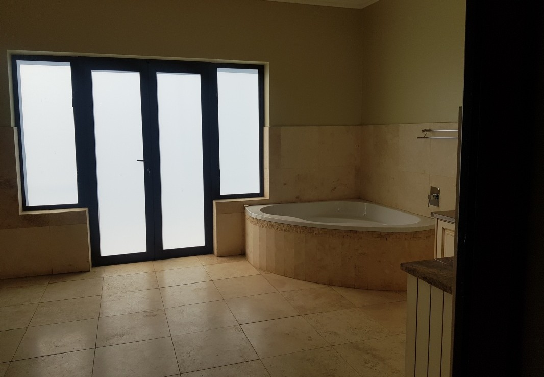 5 Bedroom   For Sale in Fourways | 1314501 |  Photo Number 22