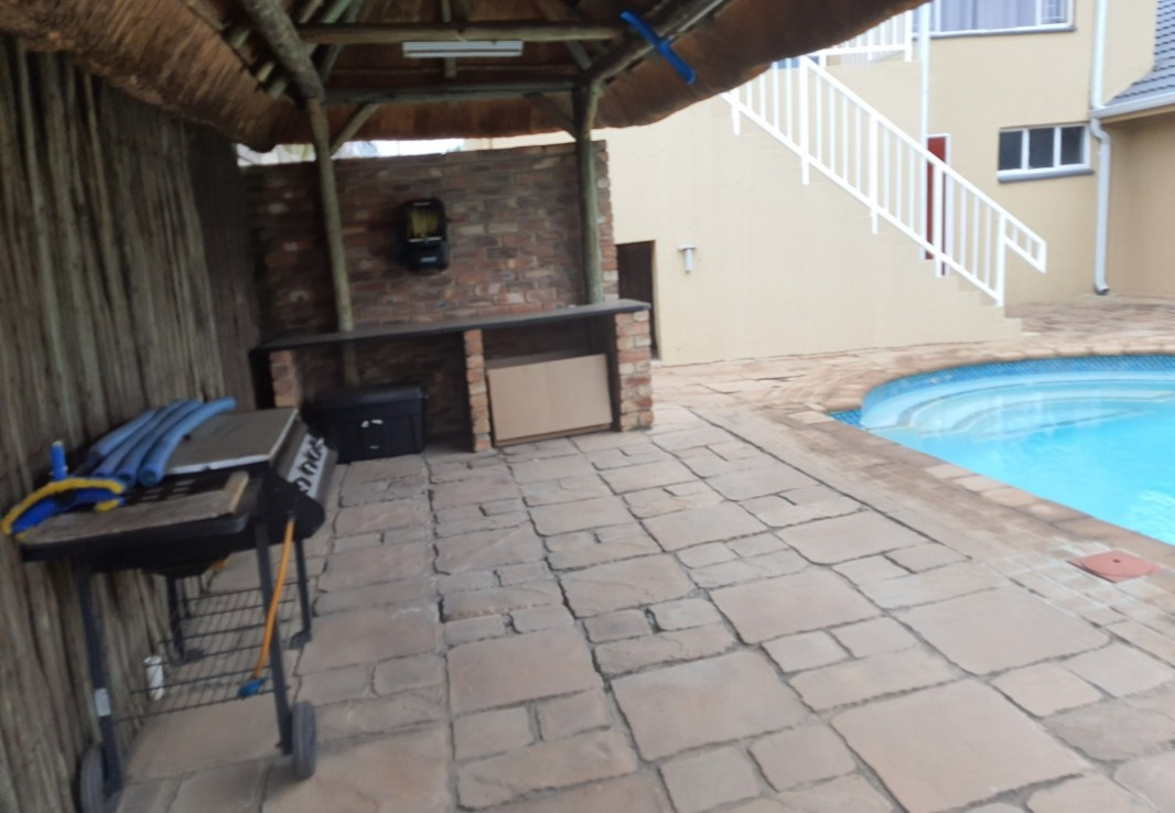7 Bedroom   For Sale in Van Riebeeck Park | 1314669 |  Photo Number 6