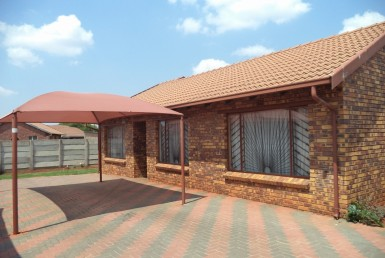 3 Bedroom House  For Sale in Daveyton | 1315080 | Property.CoZa