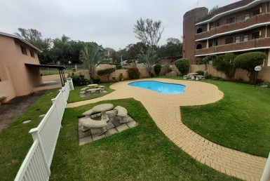 3 Bedroom Apartment / Flat  For Sale in Uvongo | 1315356 | Property.CoZa