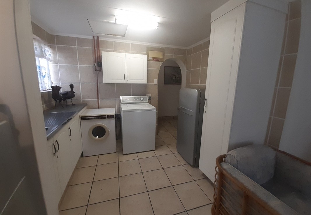 3 Bedroom   For Sale in Margate | 1315400 |  Photo Number 11