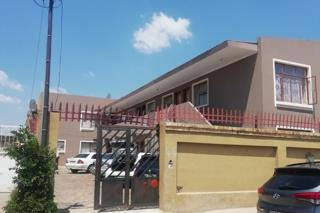 20 Bedroom Townhouse  For Sale in Regent's Park | 1315436 | Property.CoZa