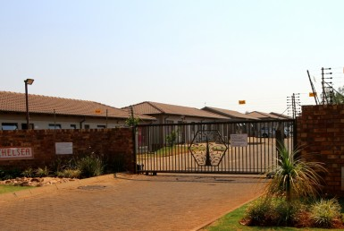 3 Bedroom Townhouse  For Sale in Dawn Park | 1316014 | Property.CoZa