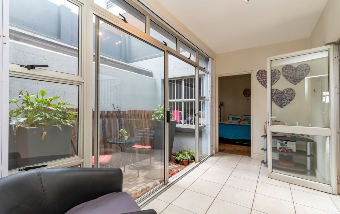 3 Bedroom   For Sale in Northcliff   1316389    Photo Number 8