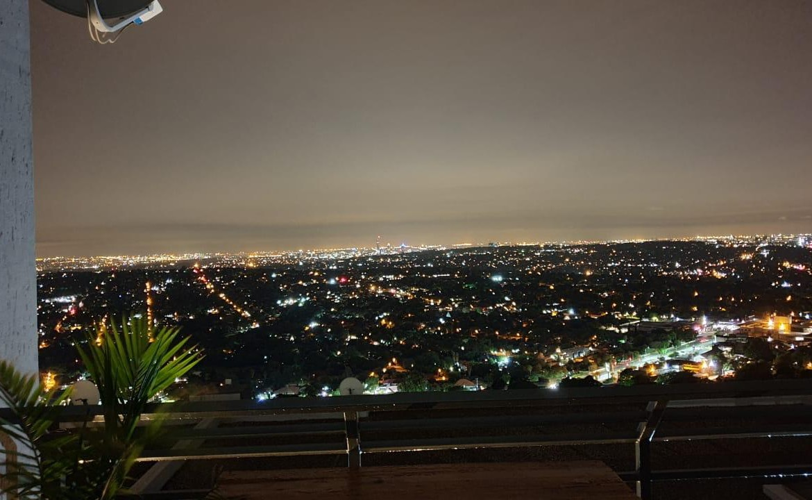 3 Bedroom   For Sale in Northcliff   1316389    Photo Number 2