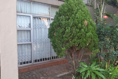 Townhouse  For Sale in Mulbarton | 1316490 | Property.CoZa
