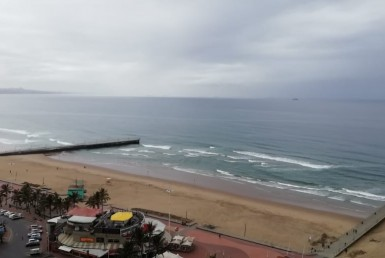 2 Bedroom Apartment / Flat  For Sale in Beachfront | 1316645 | Property.CoZa