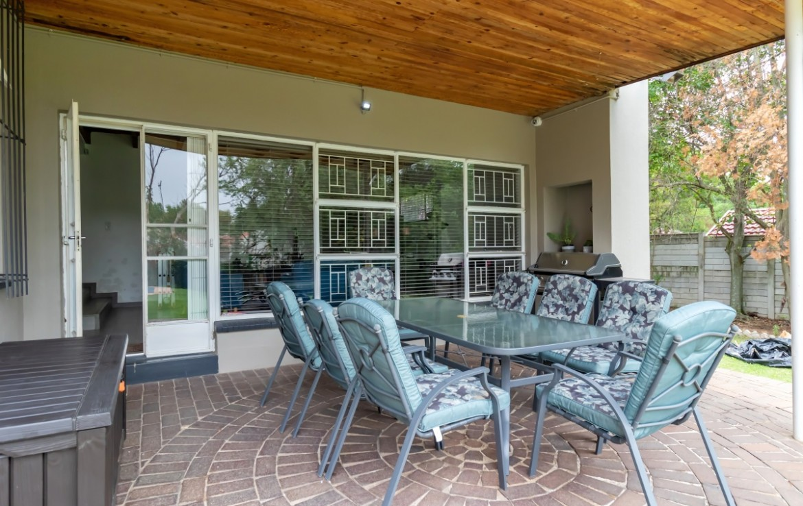 4 Bedroom   For Sale in Malanshof | 1316809 |  Photo Number 23