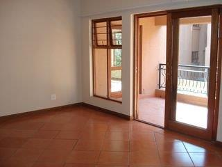 2 Bedroom   For Sale in Bryanston   1316797    Photo Number 6