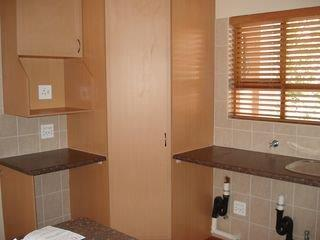 2 Bedroom   For Sale in Bryanston   1316797    Photo Number 18