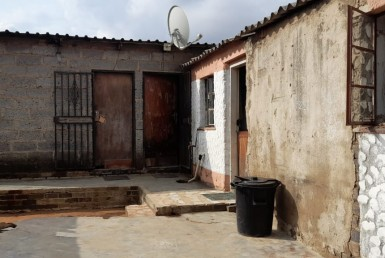 2 Bedroom House  For Sale in Tembisa Ext 11 | 1316975 | Property.CoZa