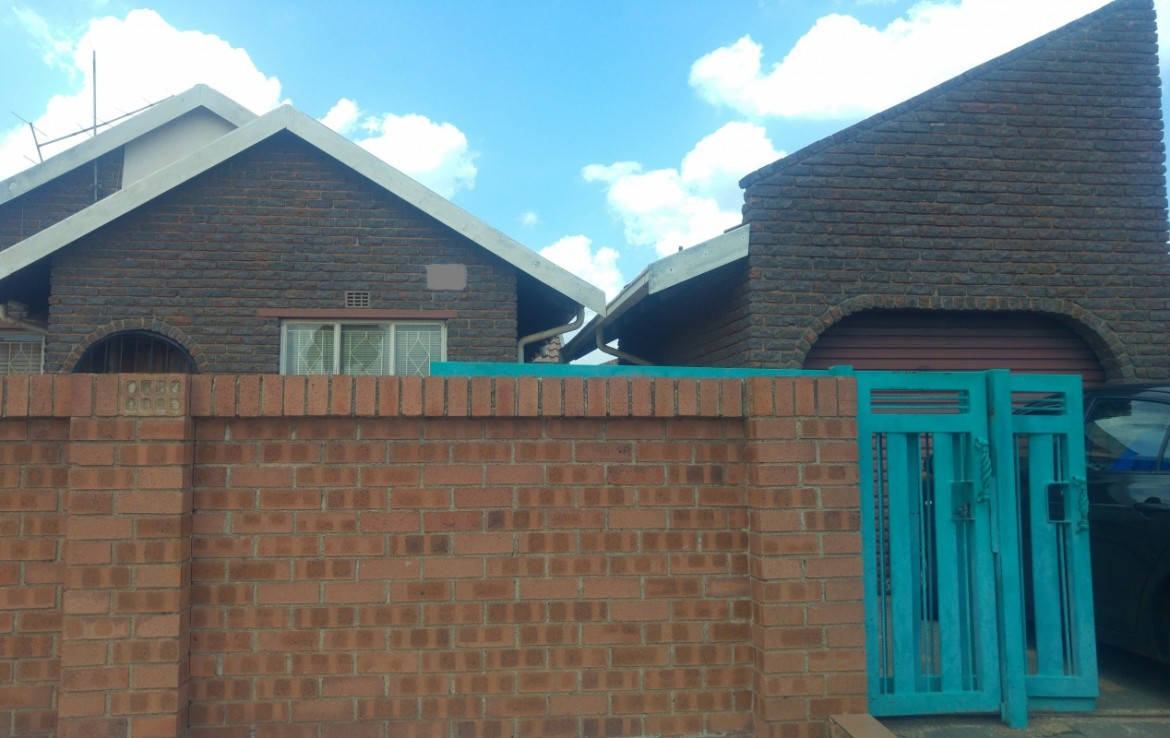 3 Bedroom   To Rent in Daveyton   1317101    Photo Number 1