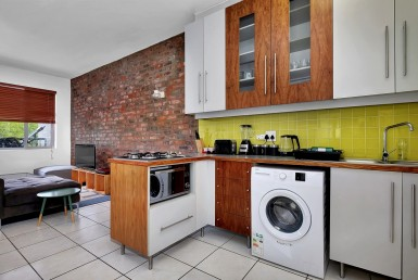 Apartment / Flat  For Sale in Greenside   1317279   Property.CoZa