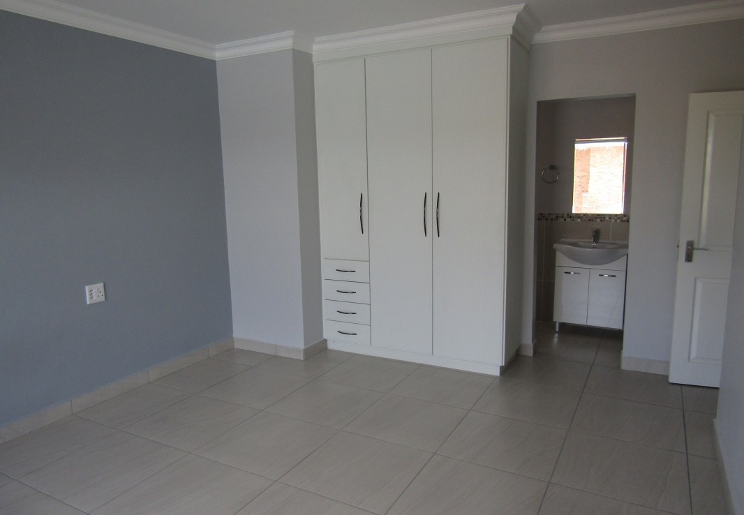 3 Bedroom   To Rent in Beyers Park | 1317341 |  Photo Number 17