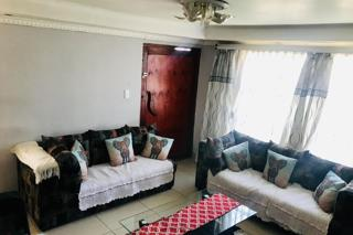 3 Bedroom   For Sale in Ebony Park | 1317376 |  Photo Number 4