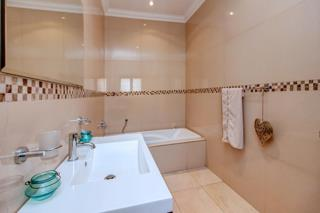 5 Bedroom   To Rent in Bryanston | 1317673 |  Photo Number 24
