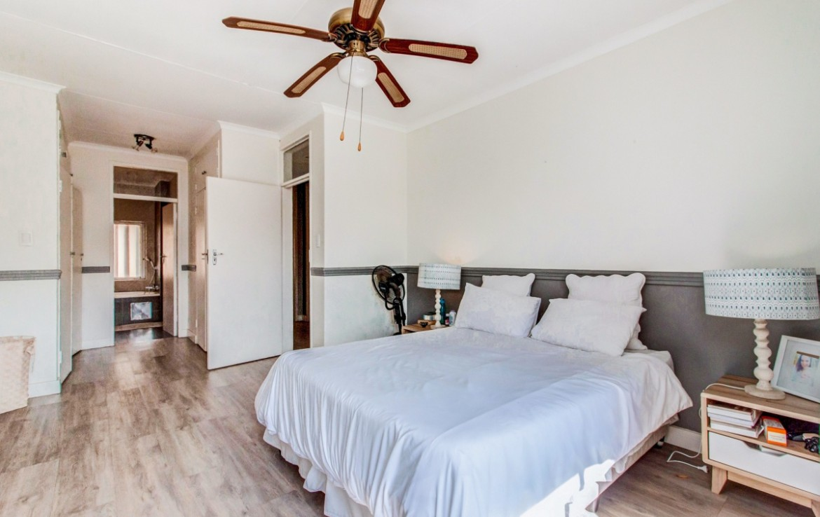 3 Bedroom   For Sale in Craighall   1311670    Photo Number 15