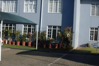 3 Bedroom Townhouse  For Sale in Beyers Park | 1318068 | Property.CoZa