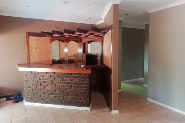 3 Bedroom   For Sale in Birchleigh   1318380    Photo Number 6