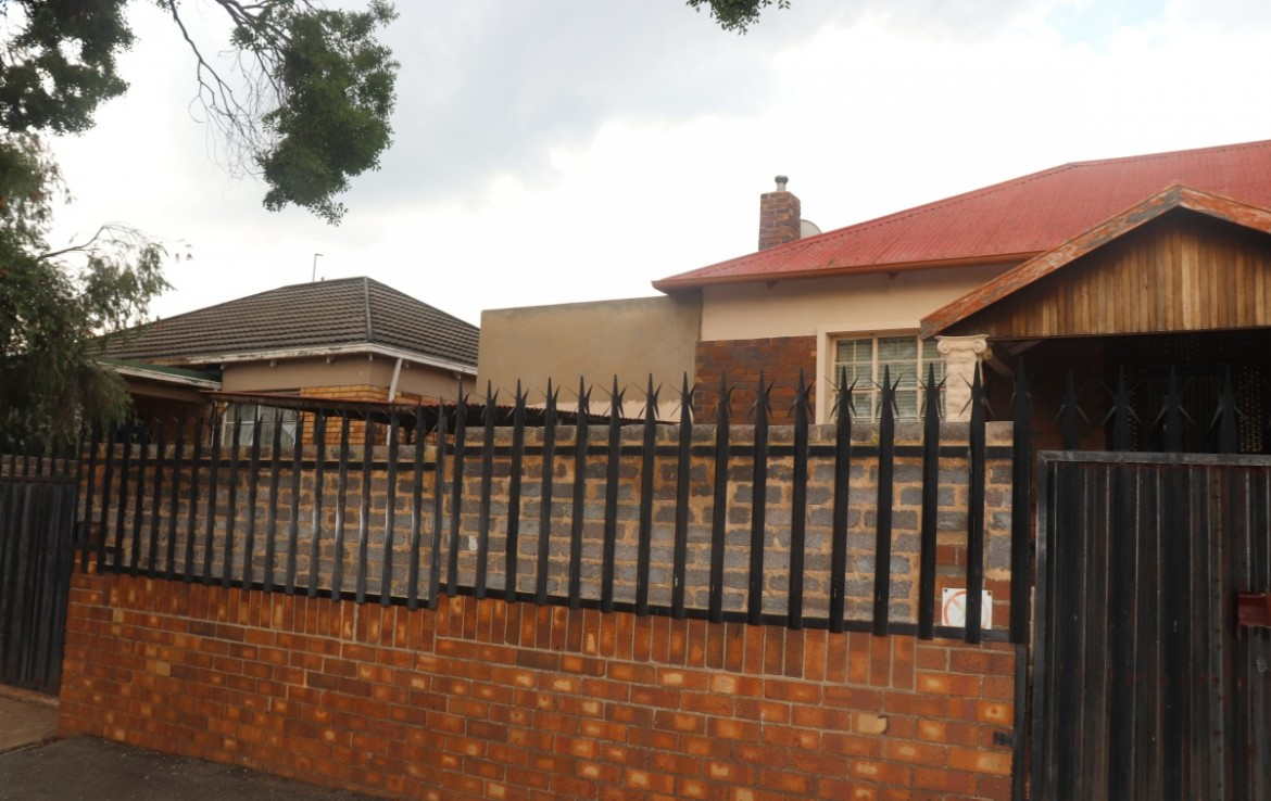 3 Bedroom   For Sale in Rosettenville Ext | 1318809 |  Photo Number 13