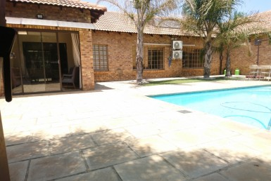 3 Bedroom Small Holding (Plot)  For Sale in Raslouw AH | 1319276 | Property.CoZa