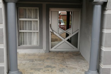 3 Bedroom House  For Sale in Morelig | 1319426 | Property.CoZa