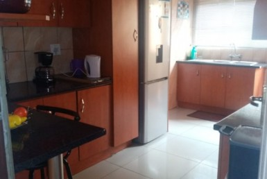 2 Bedroom House  For Sale in White City | 1319803 | Property.CoZa