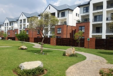 3 Bedroom Townhouse  To Rent in Greenstone Hill | 1320028 | Property.CoZa