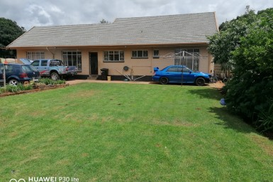 3 Bedroom House  For Sale in Rhodesfield   1320079   Property.CoZa