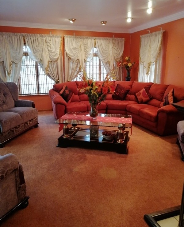 4 Bedroom   For Sale in Kaffrarian Heights | 1320386 |  Photo Number 5