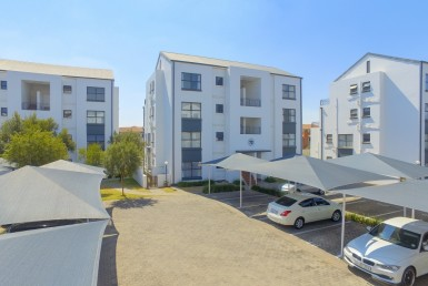 2 Bedroom Townhouse  For Sale in Greenstone Hill | 1321104 | Property.CoZa
