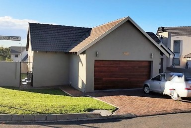 4 Bedroom House  For Sale in Brooklands Lifestyle Estate | 1321305 | Property.CoZa