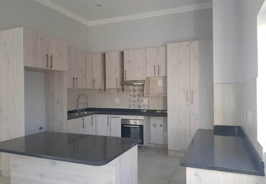 3 Bedroom   For Sale in Kloof Gardens | 1280730 |  Photo Number 4