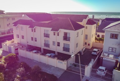 2 Bedroom Apartment / Flat  To Rent in Muizenberg | 1321721 | Property.CoZa
