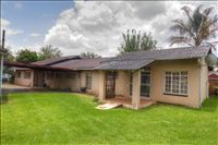 3 Bedroom House  For Sale in Birchleigh | 1321836 | Property.CoZa