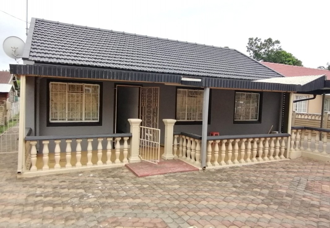 3 Bedroom   For Sale in Tongaat Central | 1322440 |  Photo Number 1