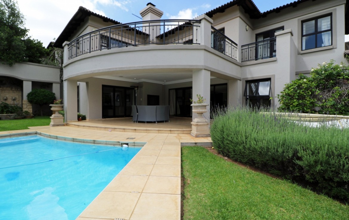 4 Bedroom   For Sale in Bryanston | 1322114 |  Photo Number 26