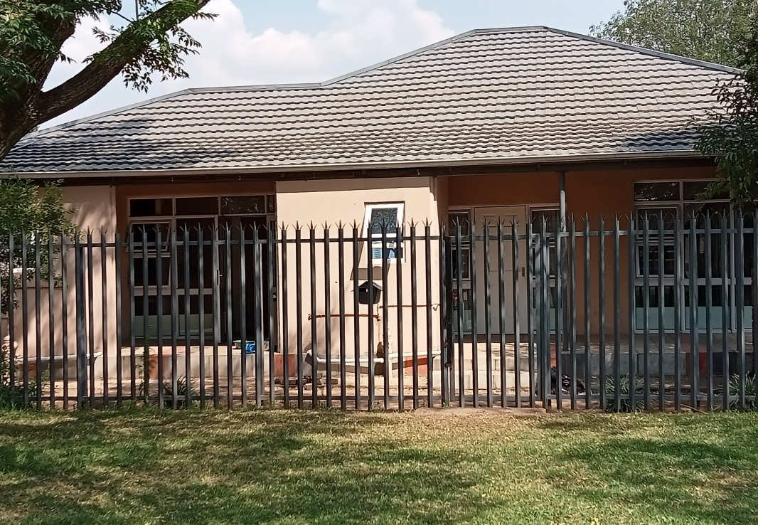 13 Bedroom   For Sale in Northmead | 1322464 |  Photo Number 1
