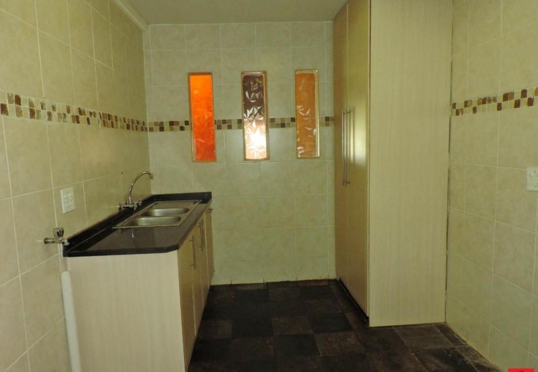 4 Bedroom   For Sale in Reyno Ridge & Ext | 1263350 |  Photo Number 26