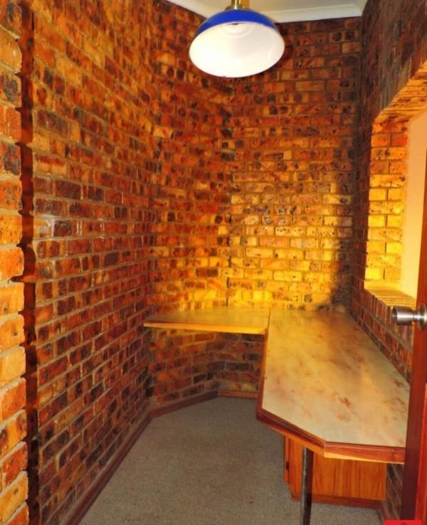 4 Bedroom   For Sale in Reyno Ridge & Ext | 1263350 |  Photo Number 30
