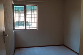 2 Bedroom Townhouse  For Sale in Glen Vista   1322834   Property.CoZa