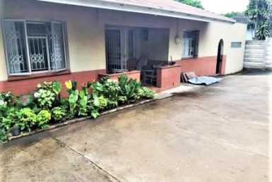 2 Bedroom House  For Sale in Bluff   1322852   Property.CoZa