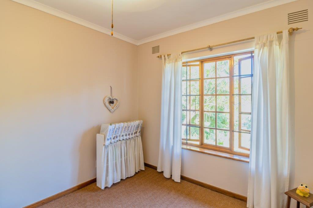 3 Bedroom   For Sale in Dawncliffe   1322847    Photo Number 19