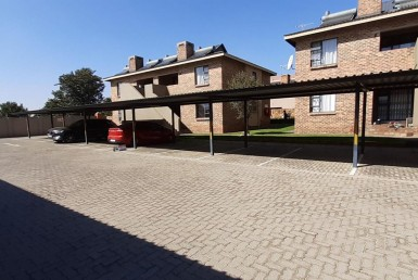 2 Bedroom Townhouse  For Sale in Albertsdal | 1323221 | Property.CoZa